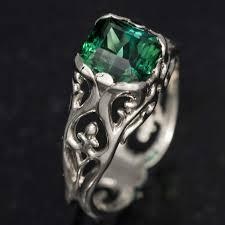 green tourmaline ring in 18k white gold