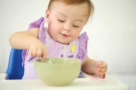 Bé 8 tháng tuổi ăn bao nhiêu là đủ - thắc mắc chung của nhiều bà ...