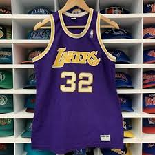 los angeles lakers jersey mens m