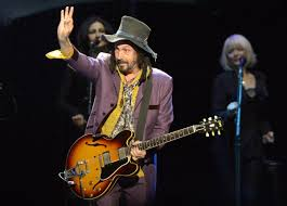 """Tom Petty guitarist Mike Campbell takes side project center stage with  """"Wreckless Abandon"""" 