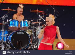 Adrian Young, Gwen Stefani No Doubt performs live in Central Park ...