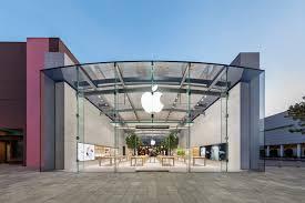 Highland Village - Apple Store - Apple