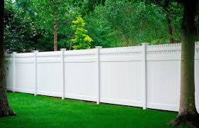 Images Of Illusions Pvc Vinyl Wood Grain And Color Fence Vinyl Privacy Fence Backyard Fences Vinyl Fence