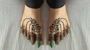 mehndi design to leg