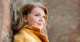 Lesley Smith: An Audience with Anne Boleyn - 22 JUN 2020