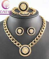 lion head myth medusa pendant necklace