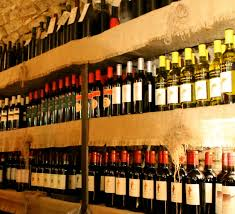 how to order and enjoy wine in italy