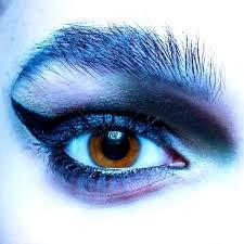 kinga2 male makeup artist profile