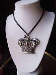 large royal crown pendant choker