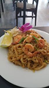 pad thai au crevettes picture of la