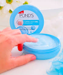 """POND'S India on Twitter: """"Keep your skin happy with hydration that ..."""