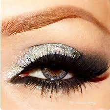 silver glitter smokey eye