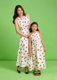 Xu hướng diện váy đôi mẹ và bé gái -