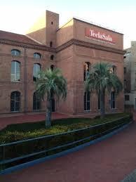 Biblioteca de referencia - Opiniones de viajeros sobre Centre d'art Tecla  Sala, L'Hospitalet de Llobregat - Tripadvisor