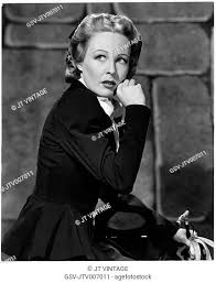 Wendy Barrie, on-set of the Film The Hound of the Baskervilles, 1939, Stock  Photo, Picture And Rights Managed Image. Pic. GSV-JTV007011 | agefotostock