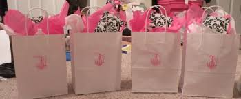 gifts for hostess of bridal shower