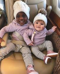 """Daily Celebrity Kids on Twitter: """"Twinning💕! Thomas Rhett and Laura Akins'  little snow bunnies"""", 2-yr-old daughter Willa Gray and 7-month-old daughter Ada  James """"AJ"""". #ThomasRhett #ThomasRhettAkins #CountryMusic #LauraAkins  #WillaGrayAkins ..."""