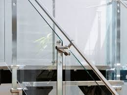 glass and stainless steel barade d