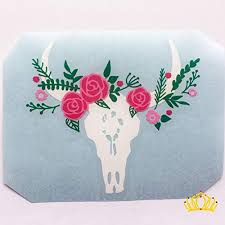 Amazon Com Cow Skull With Flower Crown Vinyl Decal Country Sticker For Yeti Tumbler Rtic Cup Water Bottle Laptop Car Window 3 5 Inches Handmade