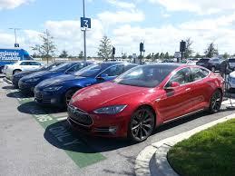 Tesla Model S vs BMW i3 -- Chapter 3 −