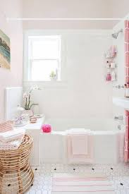 5 pink bathroom ideas that are