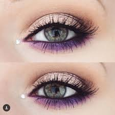 purple makeup for green eyes cat eye