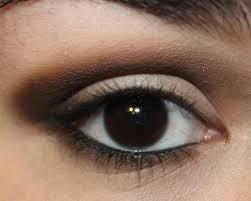 عيون سوداء اطلالة جميلة لاصحاب العيون السوداء هل تعلم