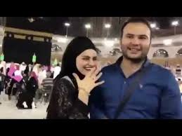 VIDEO: Turkish man proposes to his fiance in front of the Kaaba ...