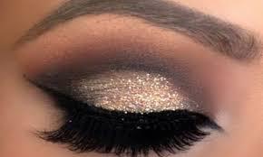 black and gold eye makeup cat eye makeup