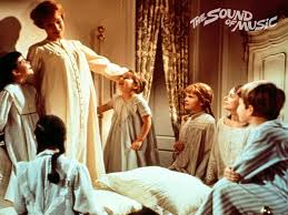 The Sound of Music Wallpaper: Maria with the Children in Her Bedroom | Sound  of music, Sound of music movie, Music images