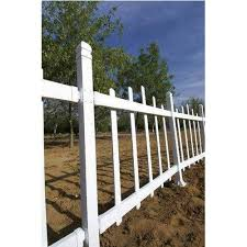 White Pvc Picket Fence At Rs 300 Square Feet Picket Fence Id 15667815212