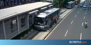 transjakarta mogok di busway matraman