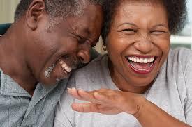 37 الحب مضحك ونقلت إلى الحفاظ على العاطفة على قيد الحياة