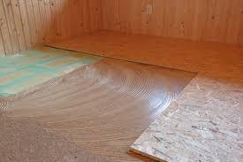 how to remove vinyl flooring glue types