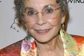 Longtime Film Star Jean Simmons Dead at 80 | TV Guide