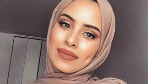 any hijabi must take these makeup tips