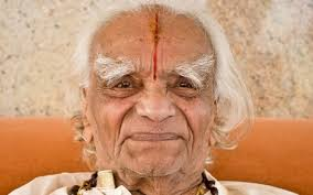 B.K.S. Iyengar: The guruji who brought yoga to the masses | Al Jazeera  America
