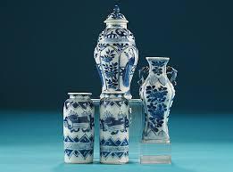 kangxi miniature blue white vases