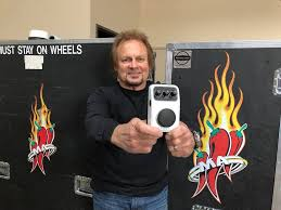Michael Anthony uses the NEXI BASS Fuzz ...