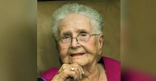 Mrs Mollie Dee Smith Obituary - Visitation & Funeral Information