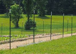 Heavy Duty Metal T Post Green Fence Post Low Carbon Steel Material