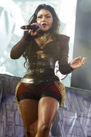 lil kim sued over zombie makeup photo