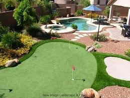 get a backyard putting green at home