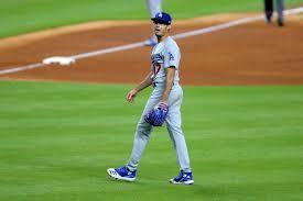 Joe Kelly throws behind the Astros ...