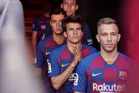رسمي ا بالصور برشلونة يكشف عن قميصه الجديد للموسم المقبل مباشر بلس