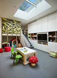 20 Delightful Kids Rooms With Skylights
