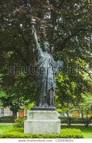 statue liberty trees luxembourg gardens