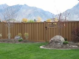 8 Amazing Eco Friendly Fencing Options
