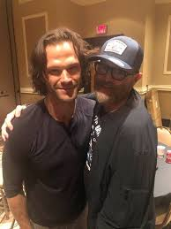 "Timothy Omundson on Twitter: ""#gratitudeTuesday. and I am grateful for  @cw_spn which has brought amazing dudes like @jarpad into my life❤️  #SPNFamily… https://t.co/KswI4AY5Wa"""