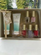 chneys 7 piece manicure moments gift